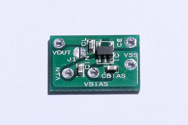 大久保さんが最初に担当したというXC6601シリーズ。1V系の低電圧アプリケーション向けに開発した、低入力電圧動作と低オン抵抗を実現したリニア・レギュレータだ