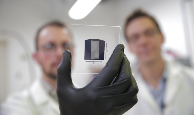 carbon-nanotube-substrate-closeup-775x517
